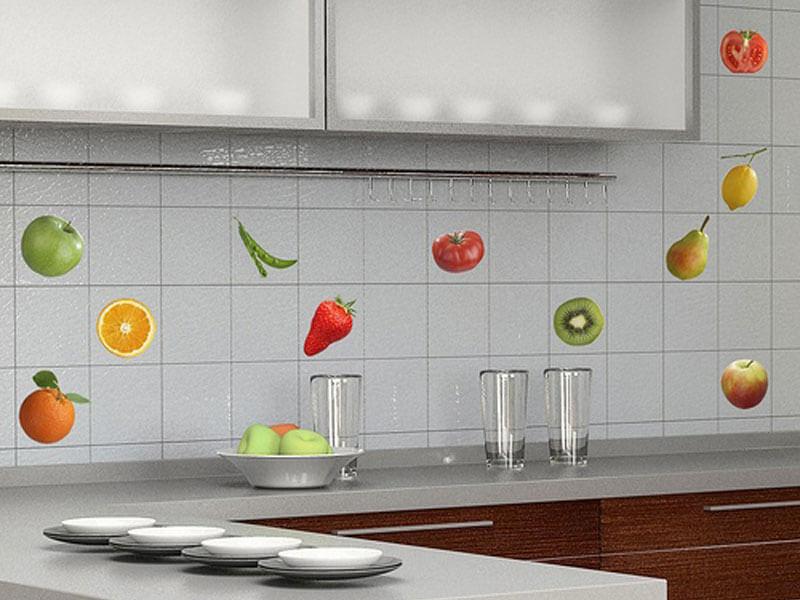Плитка для кухни на фартук смотрится красиво