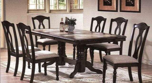 Как выбрать кухонный стол с керамической плиткой?