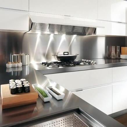 Хороший выбор - итальянские столешницы для кухни