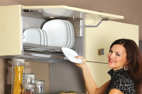сушка под тарелки встроенная в шкафчик