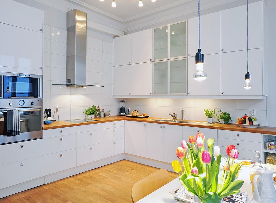цветовое решение кухни в белом цвете