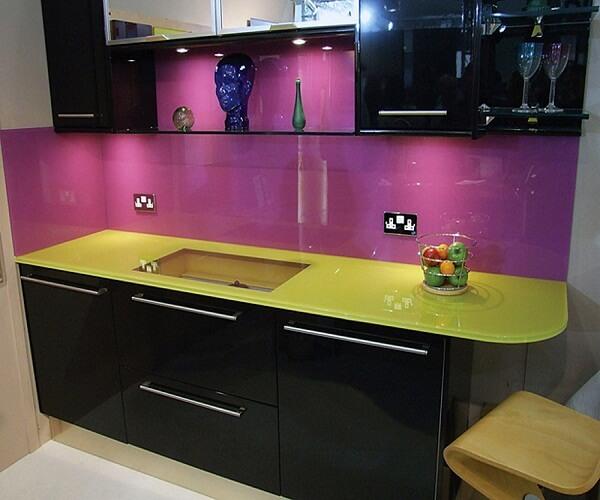 фиолетовый цвет в кухне