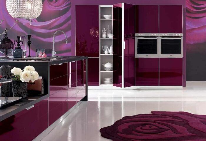 фиолетово-баклажанная кухня