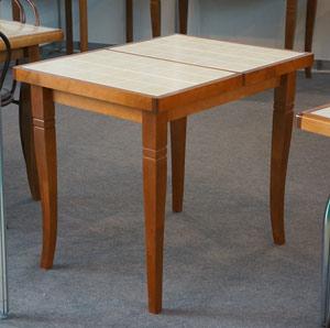 Кухонные столы с плиткой