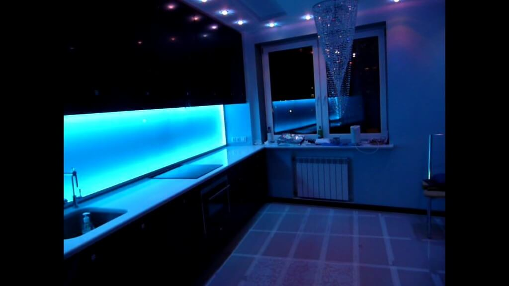 подсветка фартука на кухне