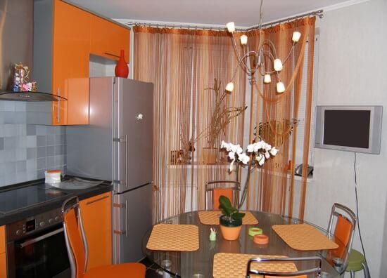 шторы кисея на кухне фото