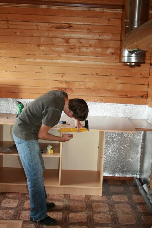 установка кухонной мебели своими руками