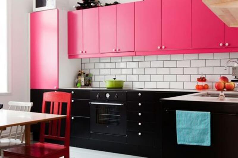розовые фасады кухня фото