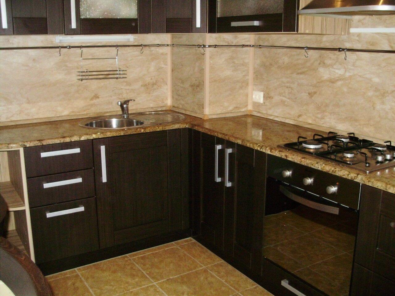 Каменная столешница для кухни: фото.