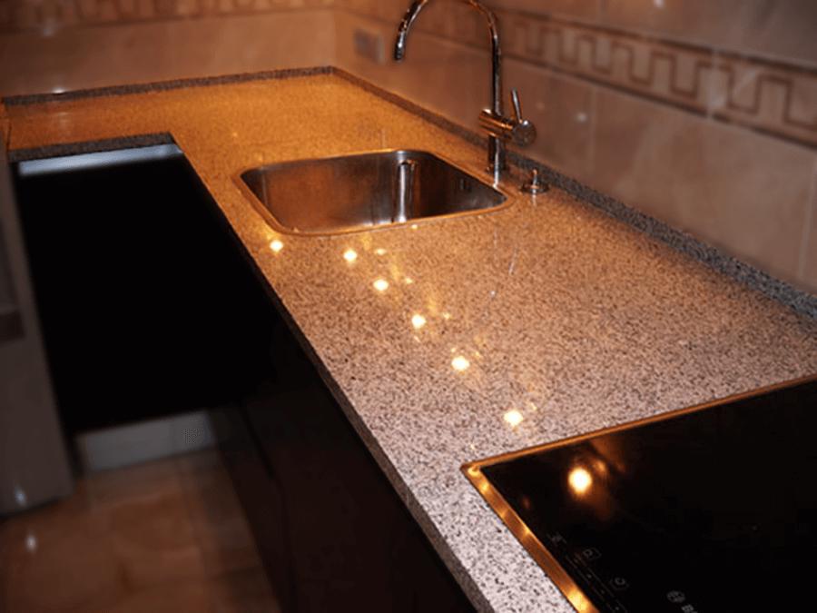Какие лучше каменные столешницы для кухни фото