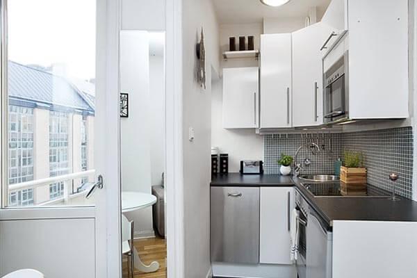 дизайн кухни вместе с балконом