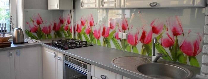 красивые скинали для кухни из стекла
