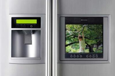 телевизор в холодильнике
