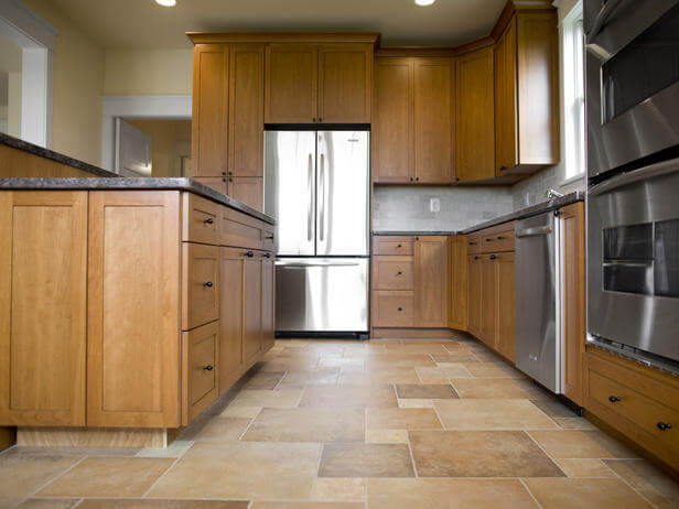Обычный линолеум на кухне