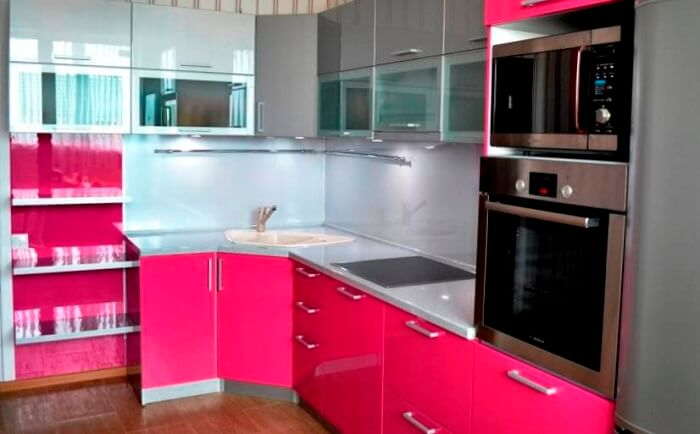 фото кухня цвета фуксия
