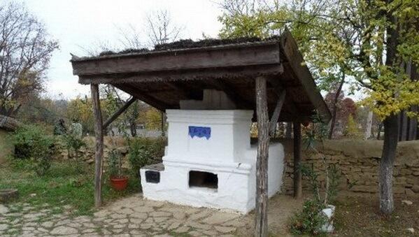 старинная летняя кухня