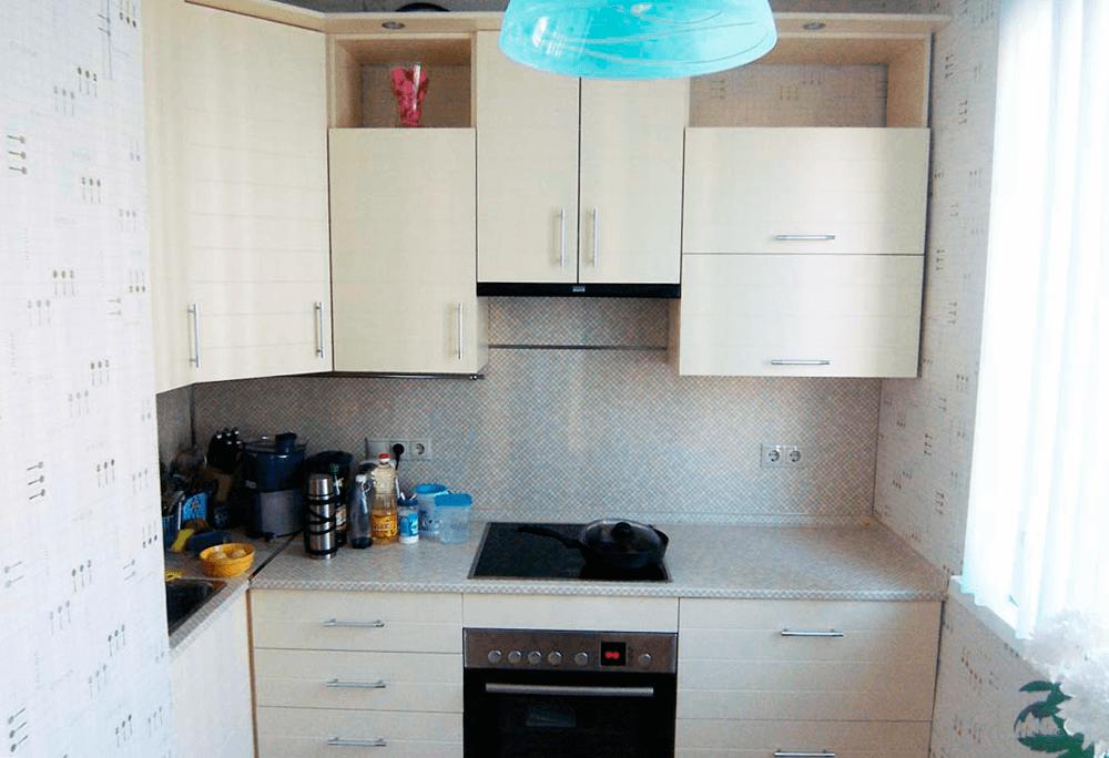 светлые обои для маленькой кухни фото