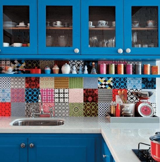 закрытые полки на кухню